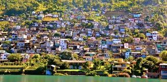 航行在湖Atitlan 库存照片
