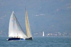 航行在Centomiglia期间的二条小船2012年 库存图片