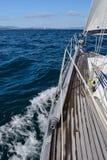 从航行游艇的海视图 库存照片