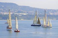 航行游艇,瓦尔纳保加利亚 免版税库存照片