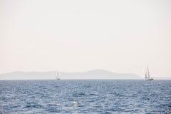 航行游艇 库存图片