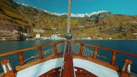 航行通过地中海POV接近的土地 股票视频