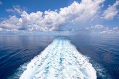航行风平浪静,印度洋 免版税库存图片