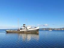 船在乌斯怀亚,阿根廷-巴塔哥尼亚 库存图片
