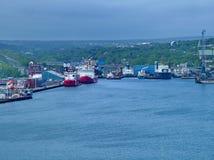 船在圣约翰` s怀有,纽芬兰,加拿大 库存照片