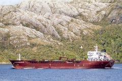货船在萨缅托运河 库存图片