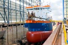 船在造船厂 免版税图库摄影