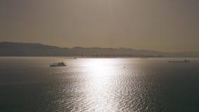 船在直布罗陀海峡 图库摄影