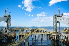 船坞轮渡码头结构 免版税库存照片