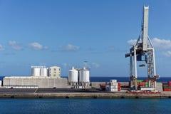 船坞边在费埃特文图拉岛 免版税库存照片