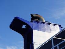 船尾气烟囱 库存图片