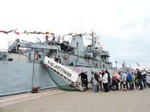 船游行在克莱佩达,立陶宛庆祝 免版税库存照片