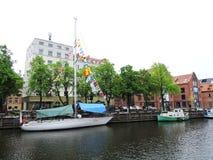 船游行在克莱佩达,立陶宛庆祝 免版税库存图片