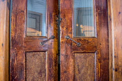 船的老古色古香的门 免版税图库摄影