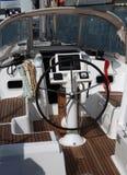 船舵yatch 免版税图库摄影