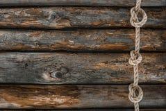 船舶绳索顶视图与结的在难看的东西 免版税库存图片