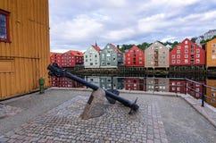 船锚纪念碑在特隆赫姆市 库存图片