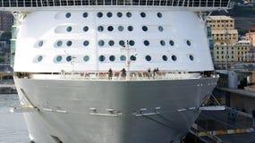 船首横渡大西洋 免版税图库摄影