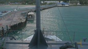船从码头离开在酸值苏梅岛,泰国 股票视频