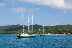 绿色三被上船桅的风船 库存照片