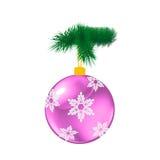 紫色与杉木的圣诞节玻璃球 免版税库存图片