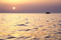 紫色使伊维萨岛变冷 免版税库存图片