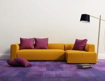 黄色典雅的现代沙发内部 免版税库存图片