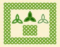 绿色凯尔特样式框架和元素 免版税库存照片