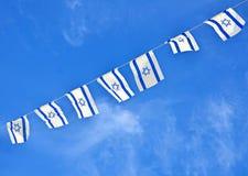 以色列在美国独立日的旗子链子 免版税库存照片