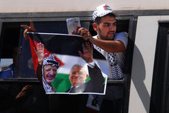 以色列释放255个巴勒斯坦囚犯 库存图片