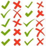 绿色勾子和红十字 库存例证