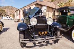 绿色和染黑1931年纳什887轿车 库存照片
