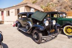 绿色和染黑1931年纳什887轿车 免版税库存图片