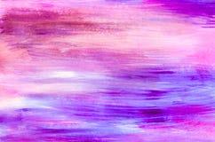 紫色和桃红色对角线被绘的纹理背景 免版税库存图片