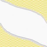 黄色和白色雪佛之字形框架有被撕毁的背景 免版税库存照片