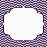 紫色和白色雪佛之字形框架背景 库存图片