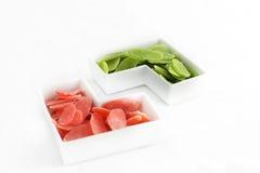 绿色和红色干菠萝 免版税库存图片