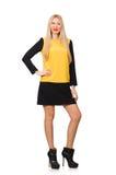 黄色和黑衣物的金发女孩 免版税库存图片