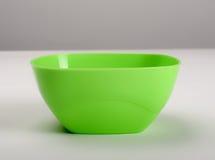 绿色塑料深盘 免版税库存图片
