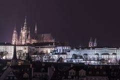 紫色夜在布拉格 图库摄影
