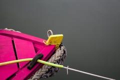 紫色小船 免版税图库摄影