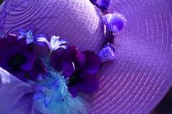 紫色帽子 免版税图库摄影