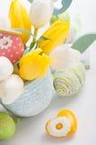 黄色心脏复活节装饰 免版税库存图片