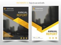 黄色抽象三角年终报告小册子设计模板传染媒介 企业飞行物infographic杂志海报 皇族释放例证