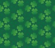 绿色无缝的三叶草样式 免版税库存照片