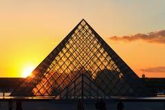 黄色日落金字塔 免版税图库摄影