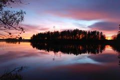 紫色日落 免版税图库摄影