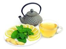 绿色柠檬薄荷茶 免版税库存照片