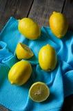 黄色柠檬 免版税库存图片