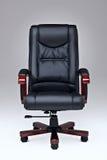 黑色椅子皮革办公室 免版税图库摄影